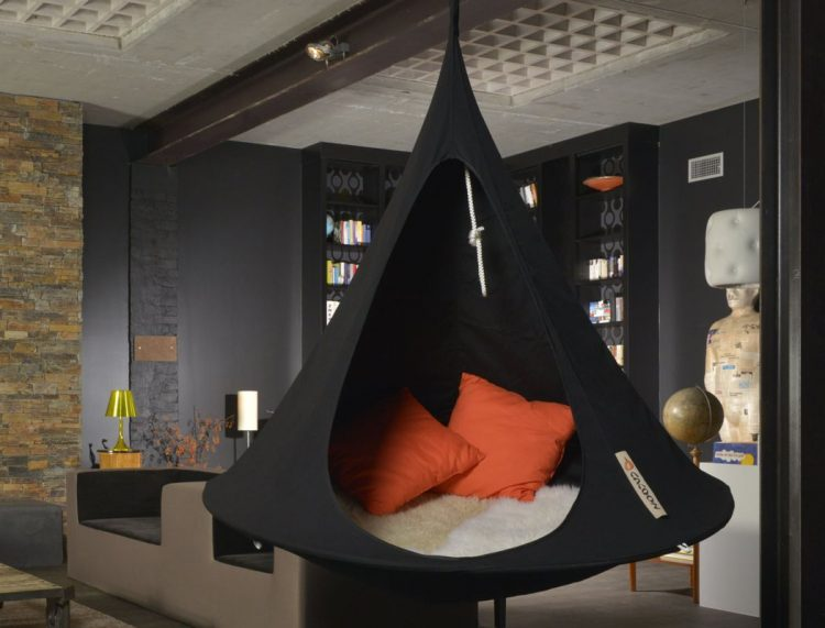 Cacoon Hammock Chair For Indoors And Outdoors
