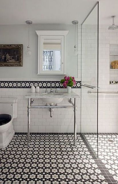 Bathroom Wall Border Done With The Floor Mosaic Tiles Design Ideas
