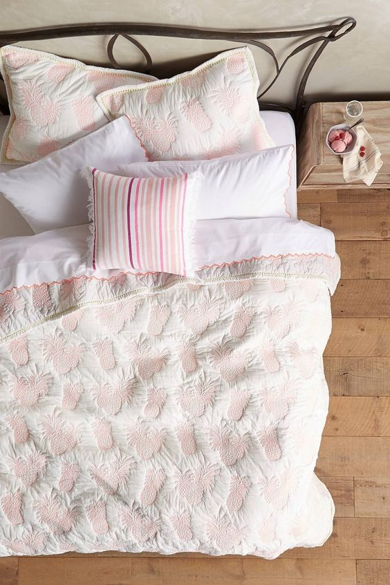 pineapple printed blush bedding