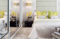 09 wardrobe with mirror sliding doors