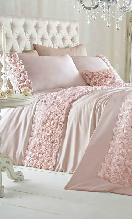 rose vignette bedding