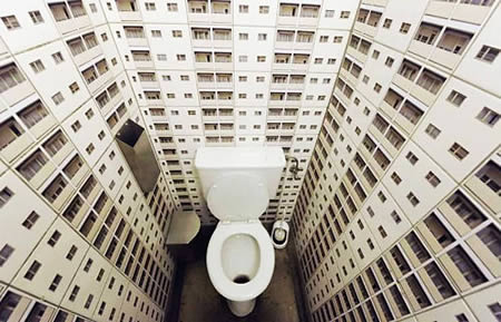 Vertigo Bathroom For Those Who Don't Afraid Of Heights (via 25)