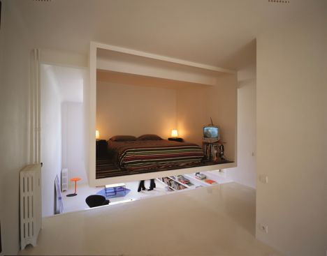 Hanging Bedroom-In-A-Box (via dornob)