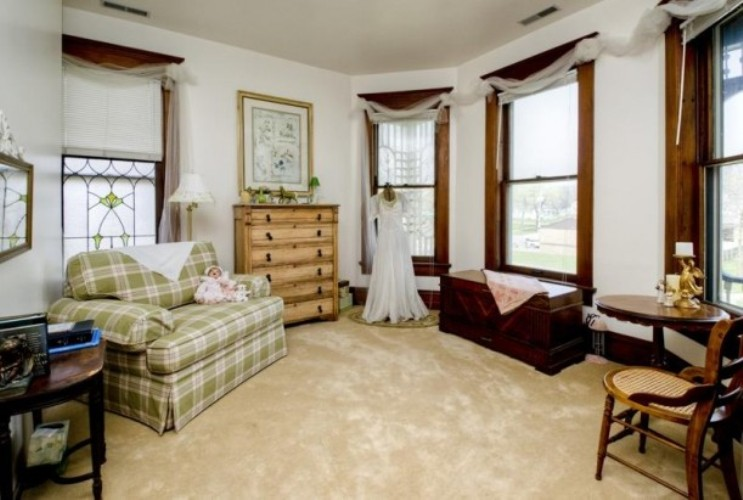 , Extraordinary General Design Design Of  On Pretty     Years Old Victorian House   DigsDigs: