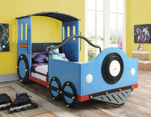 a train boy bed