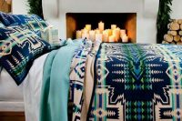 14 natural bedspread and pillows