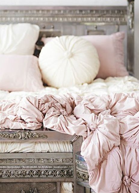tufted rose quartz and white bedding