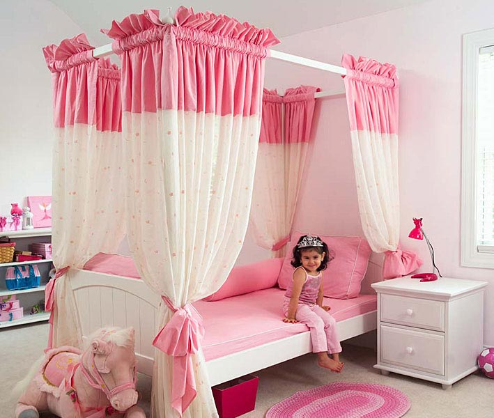 15 cool ideas for pink girls bedrooms digsdigs for Cool kids bedroom designs