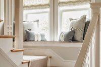 15 landing windowsill seating