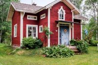 16 Swedish cottage with a cross gable roof