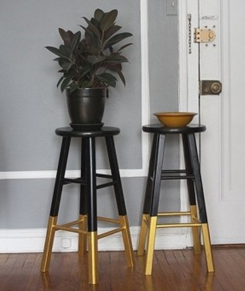 gilded legs Dalfred to act as a plant stand