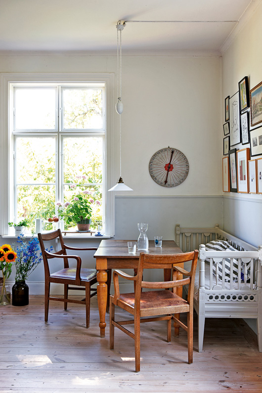 1890 Swedish Schoolhouse Turned Into A Rustic Home