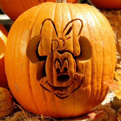 Cute Mini mouse carving idea.