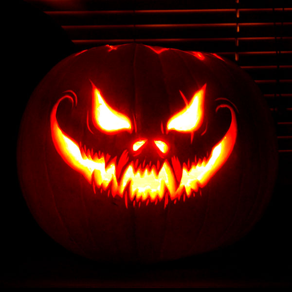 125 halloween pumpkin carving ideas digsdigs for Awesome pumpkin drawings