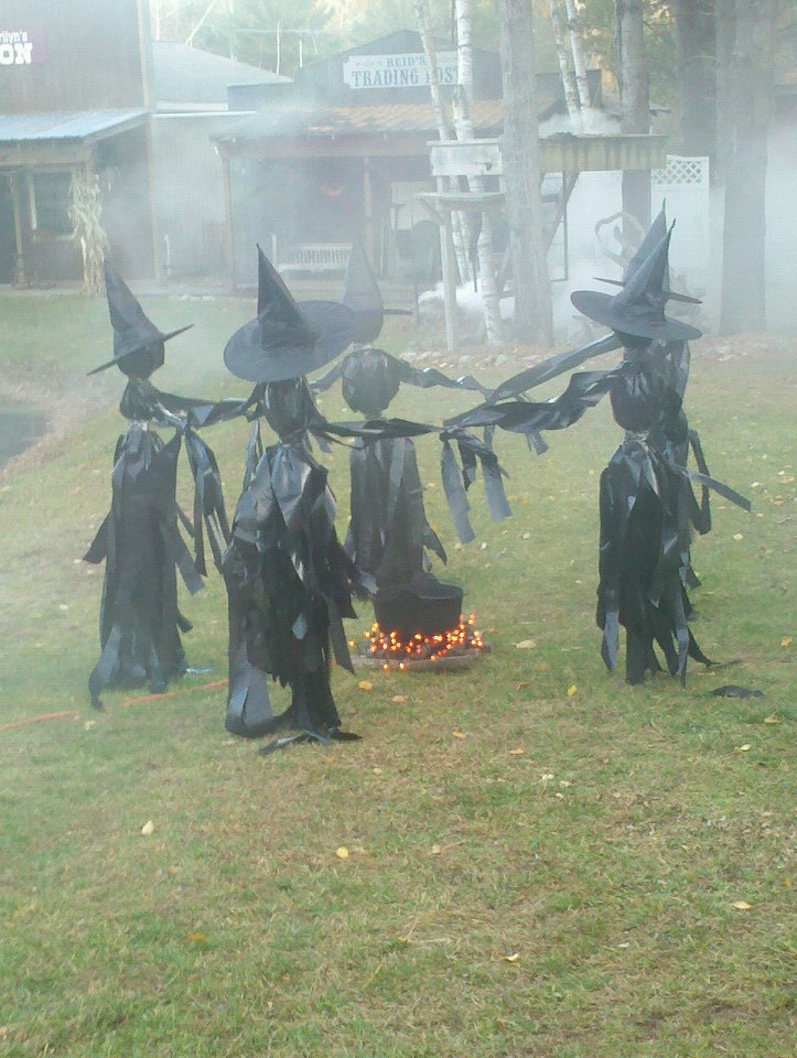 cool outdoor halloween decorating ideas - Diy Halloween Yard Decorations