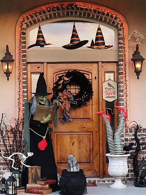 cool outdoor halloween decorating ideas - Halloween Outside Decorations