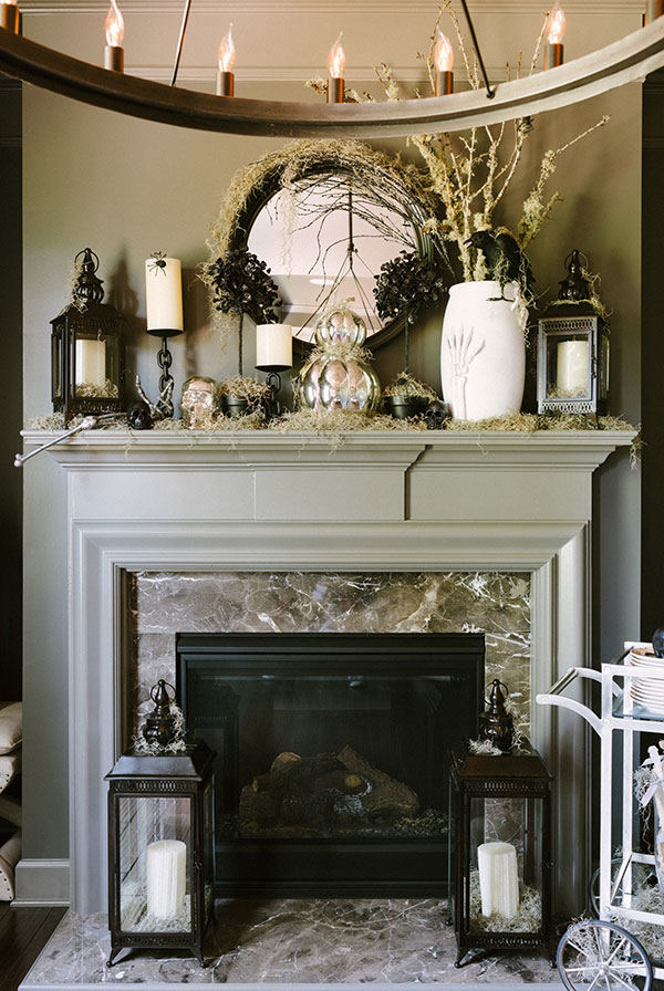 Those of you who have a fireplace mantel definitely need to decorate it for Halloween. Here are some great decorating ideas to inspire you!