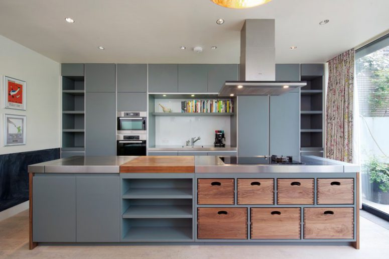 beatuiful kitchen island design idea with removeable wood dovetail boxes