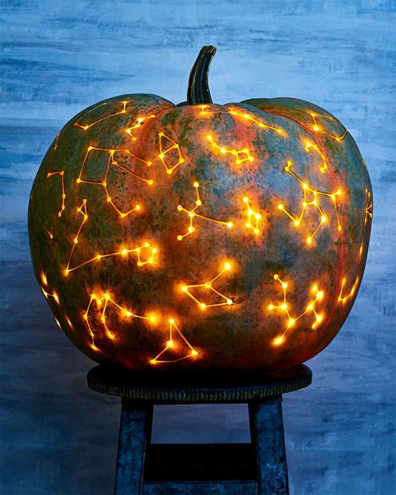 a dreamy and beautiful constellation pumpkin is ideal for Halloween and will look fantastic in the fall on the whole