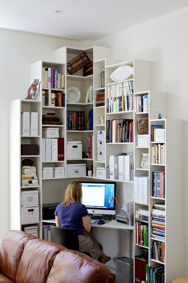 Small Home Offices Ideas Part - 20: With Contemporary Storage Units You Can Make Good Use Of A Corner Space.