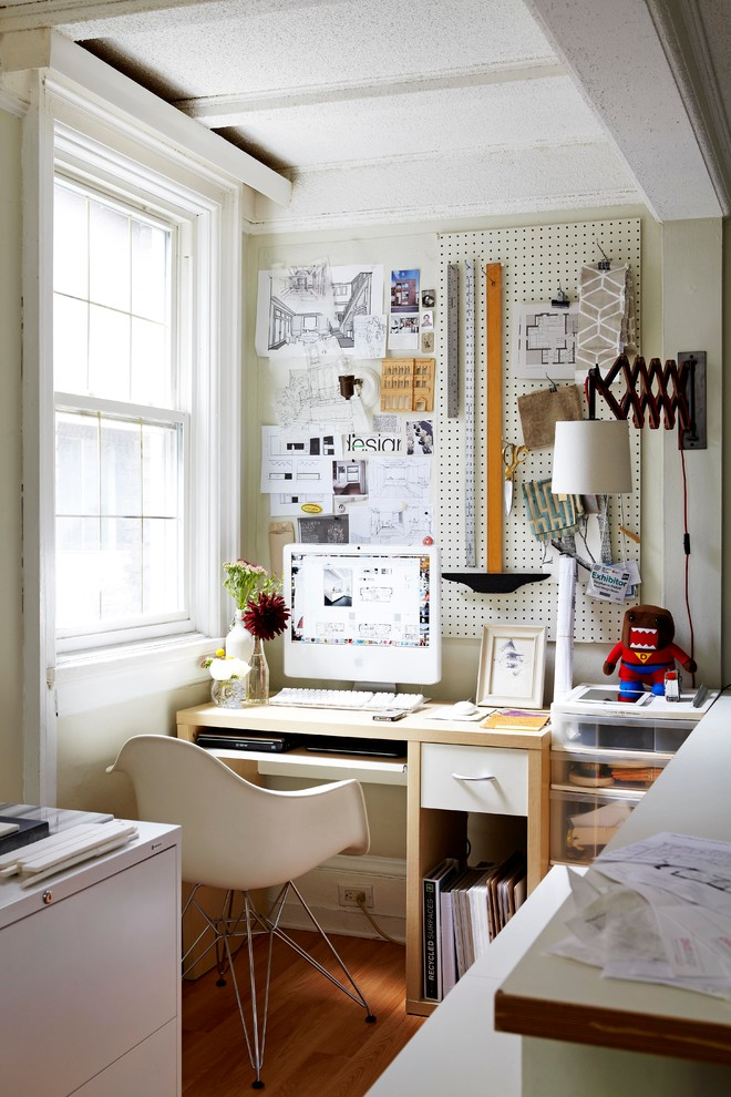 pegboards are perfect organizers for small home offices - Small Home Office Design Ideas