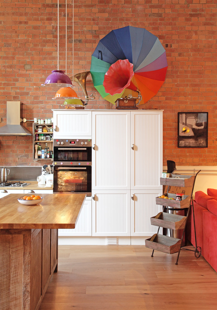 Even bright colors can work with exposed bricks.