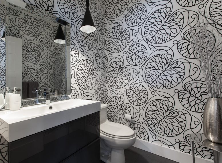 black and white palette need not be boring so use an interesting wallpaper to make your bathroom look fanstastic