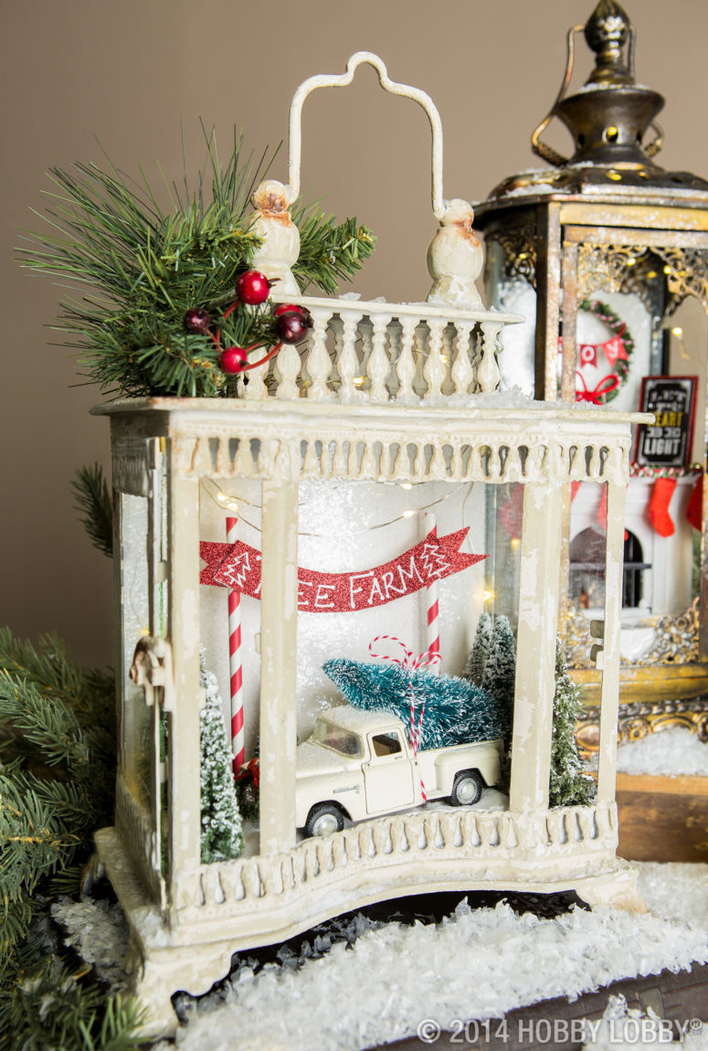 65 amazing christmas lanterns for indoors and outdoors digsdigs. Black Bedroom Furniture Sets. Home Design Ideas