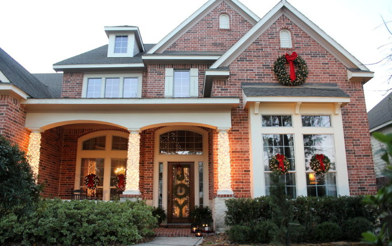 dont forget to add some decor on your windows - Large Outdoor Animated Christmas Decorations