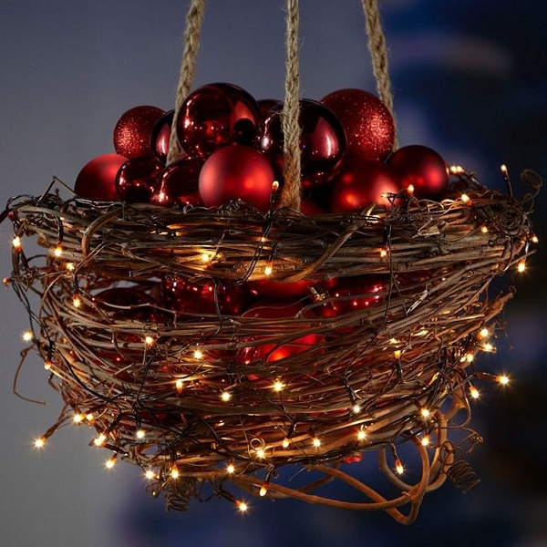 amazing outdoor christmas decorations - Hanging Lighted Christmas Decorations