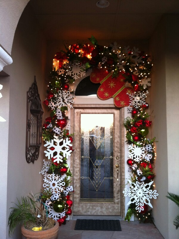 95 amazing outdoor christmas decorations digsdigs for Amazing christmas decorations