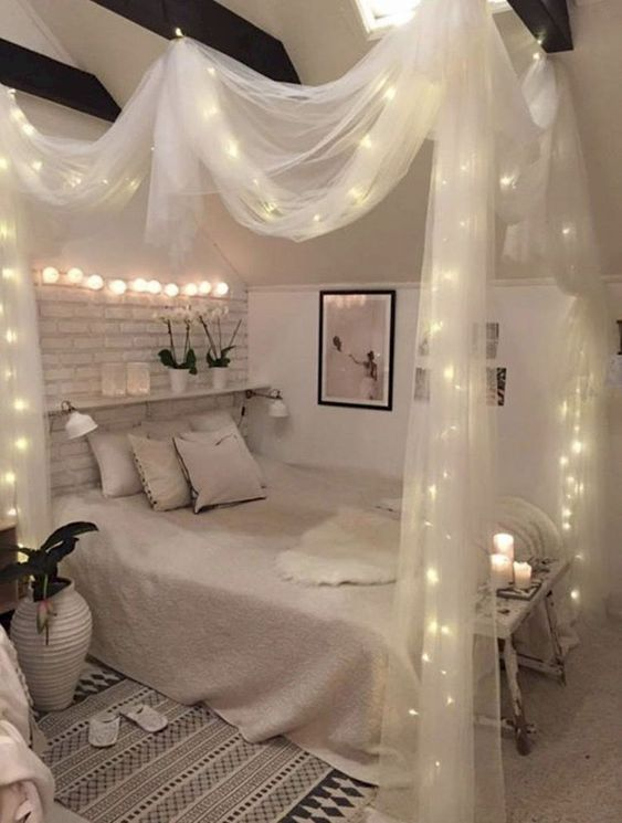 Romantic Room Designs: 69 Romantic Bedroom Lighting Ideas