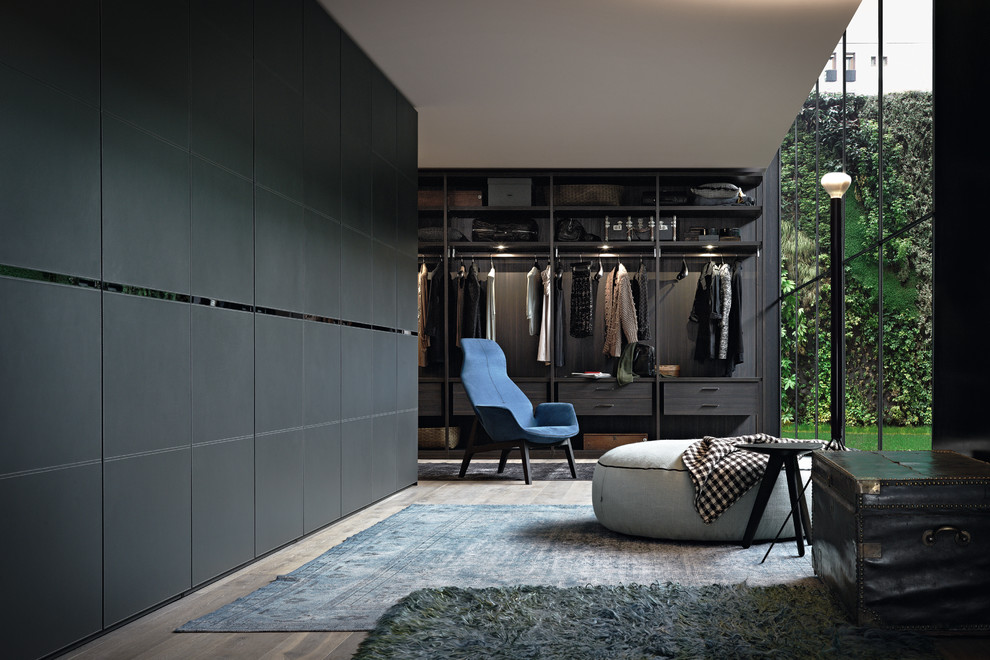 Floor to ceiling windows is a gorgeous thing to have in a walk-in wardrobe.