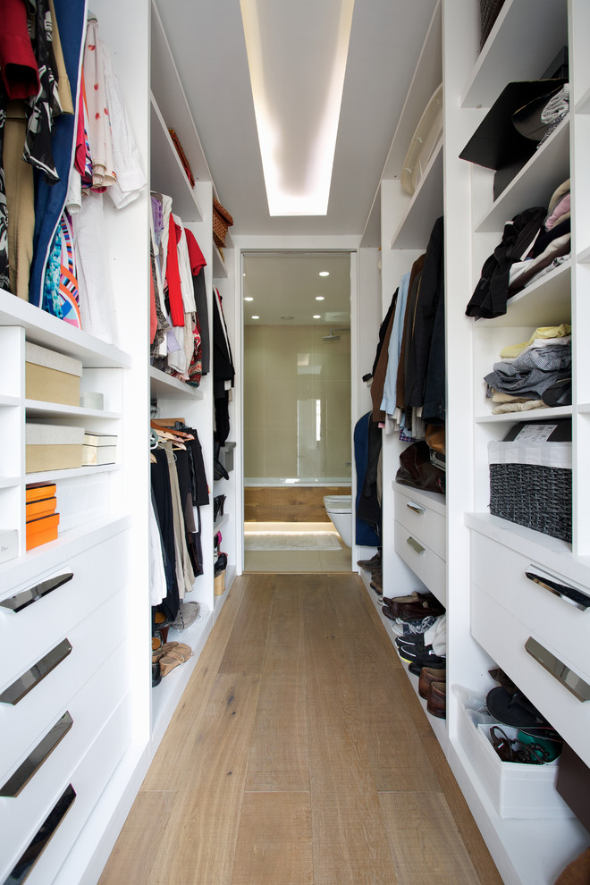 Stylish And Exciting Walk In Closet Design Ideas Digsdigs