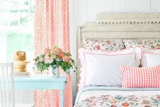 vintage is a perfect style for a feminine bedroom design