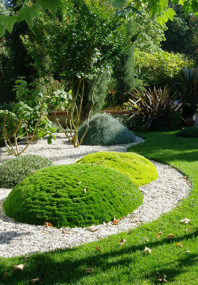 65 philosophic zen garden designs digsdigs for Japanese mounding grass