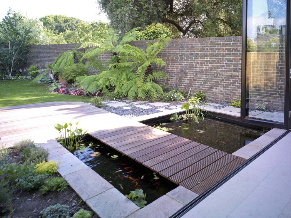 67 cool backyard pond design ideas digsdigs for Design of a pond system