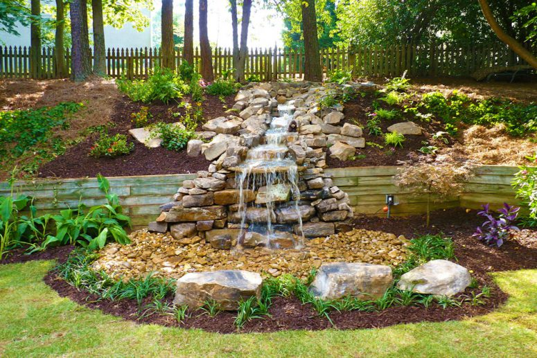 75 relaxing garden and backyard waterfalls digsdigs for Build a simple backyard waterfall