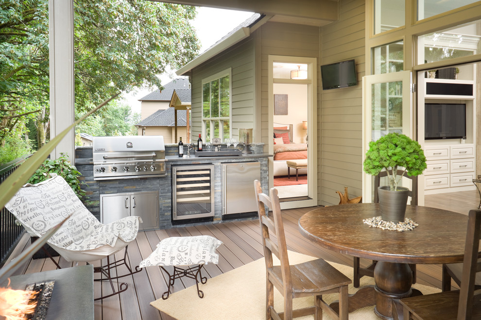 A built-in gas grill, wine cooler, and compact fridge would eliminate the need to head inside for a refill.