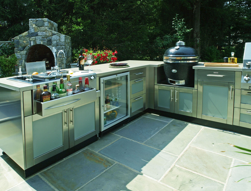 95 cool outdoor kitchen designs digsdigs for Outdoor grill cabinet design