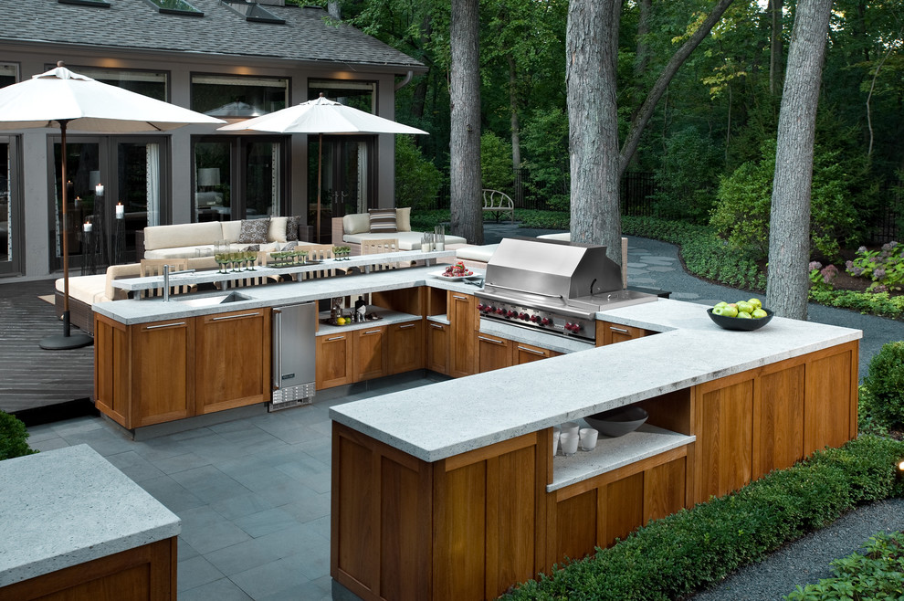 Incroyable If You Want A Functional Outdoor Kitchen Thank You Thing About A Large Prep  Space,