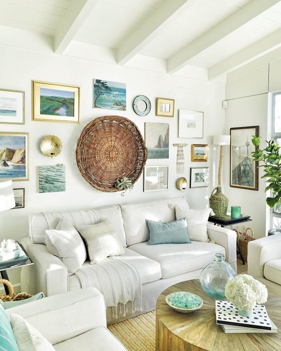 Cozy Coastal Living Room: 59 Sea And Beach Inspired Living Rooms