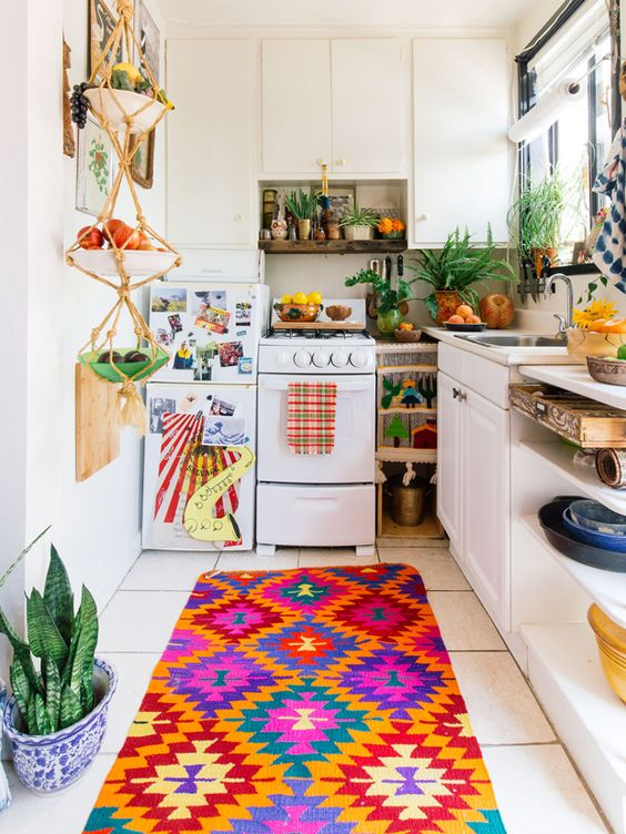 Colorfull Bohemian Style Apartment Of Cécile Figuette: 65 Colorful Boho Chic Kitchen Designs