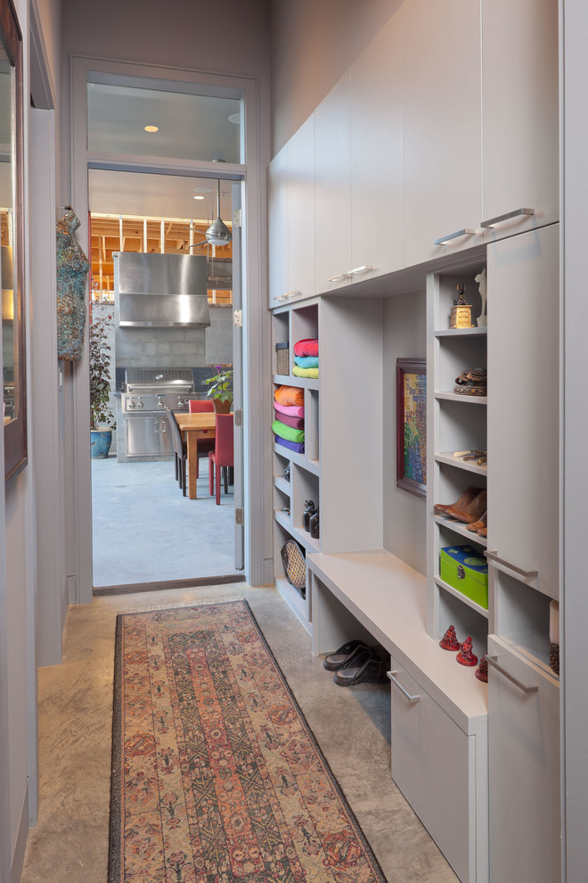 One More Simple Idea For Open Shelves Combined With Shoe Storage.