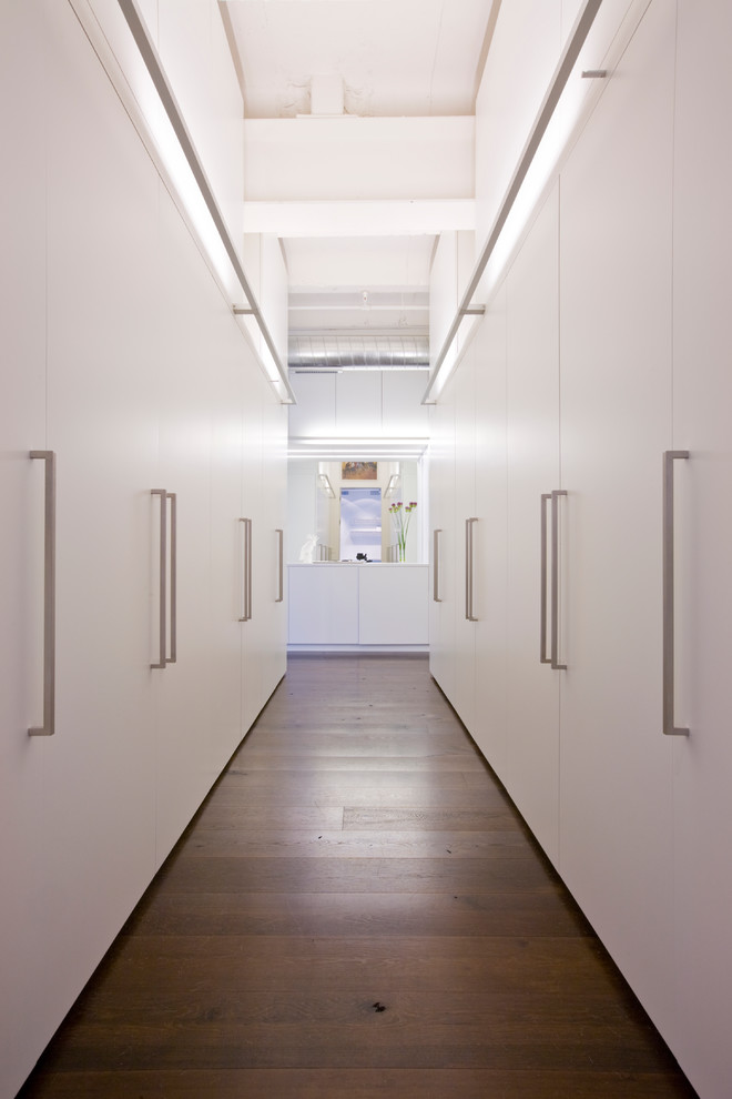 One more great example of minimalist hallway with lots of storage space.