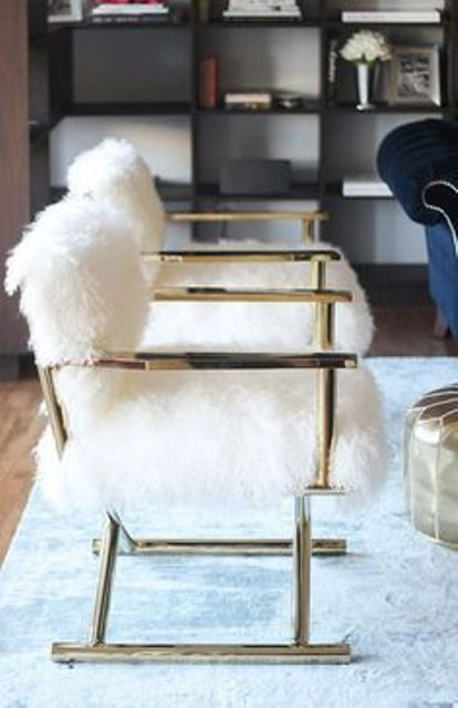 glam gold armchairs with white fur are chic and stylish and will add a shiny touch and a cozy feel to the space