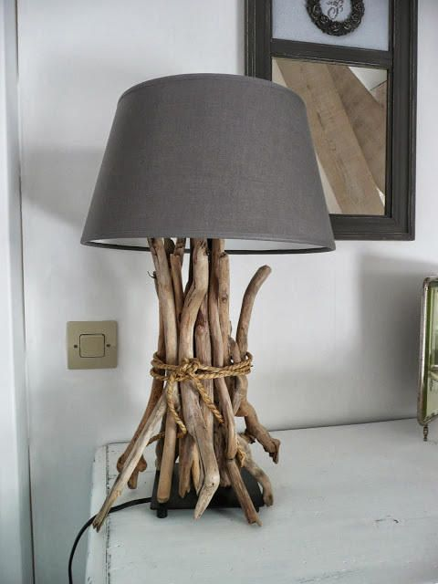 a lamp with driftwood on top is a stylish idea for a coastal space, this is a very fast craft