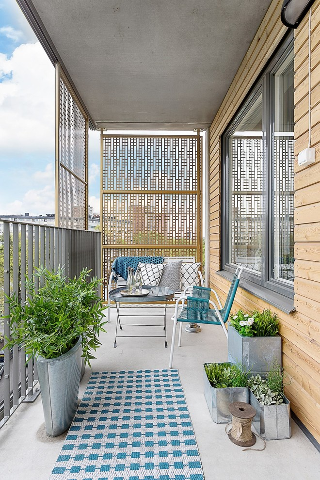 A Tiny Herb Garden Is A Perfect Addition To A Balcony. Youu0027ll Always