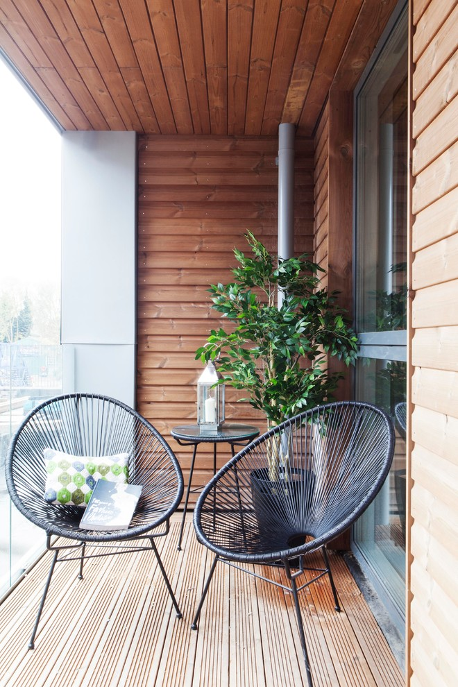 57 cool small balcony design ideas digsdigs for Garden sit out designs