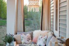 boho summer porch decor
